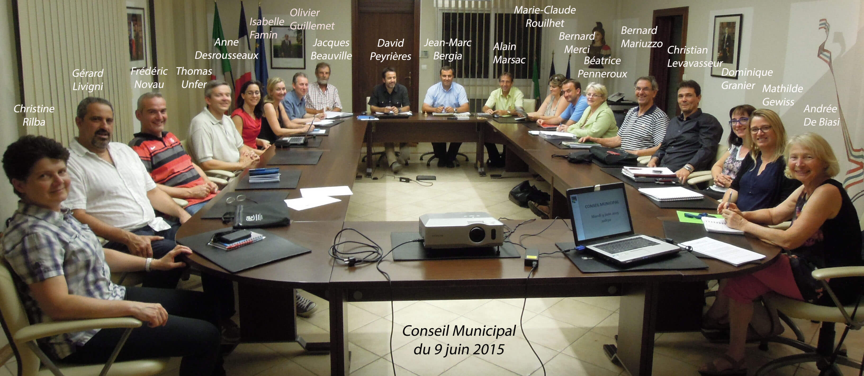 Conseil-municipal-20150609